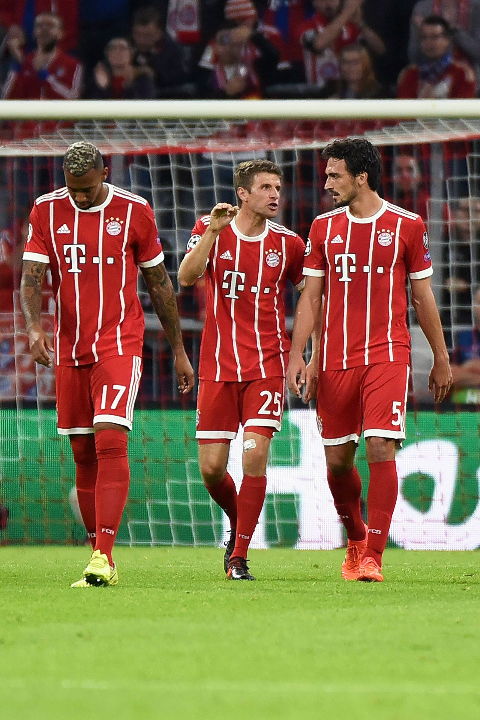 EINMALIGE VERWENDUNG Boateng / Müller / Hummels / Bayern