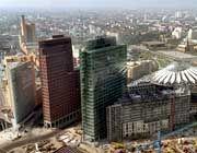 Potsdamer Platz in Berlin: Zugiges Durcheinander