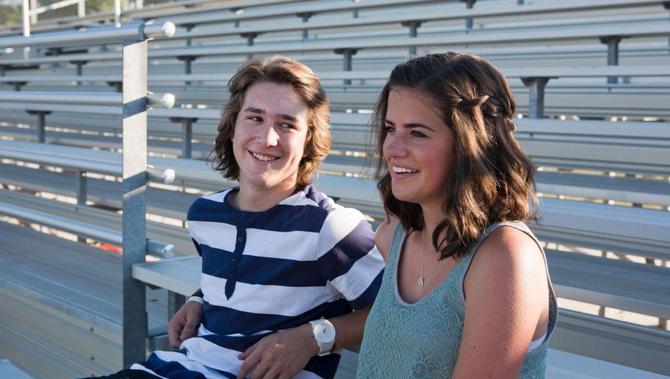 Jugendliche: In der Pubertät sinkt die Durchblutung des Gehirns