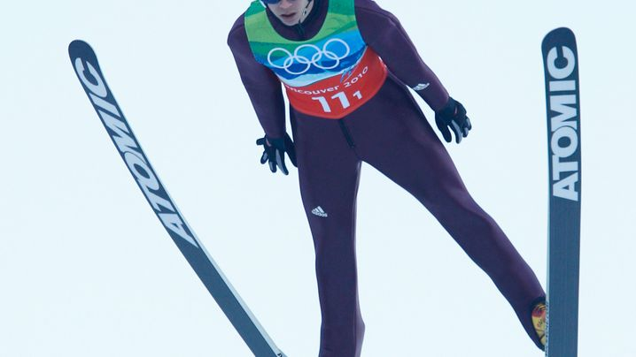 Skisprung-Team-Wettbewerb: Deutsche Springer landen auf Platz zwei