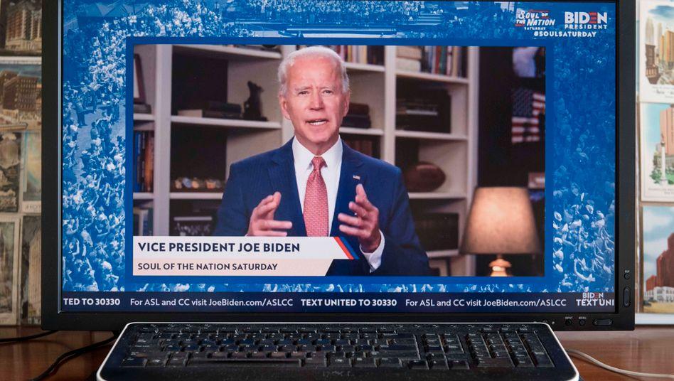 Joe Biden bei einer Videobotschaft aus seinem Haus in Delaware