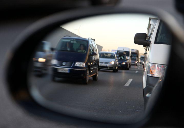 Immer auf Achse: Wenigstens bei Fahrtkosten haben Zeitarbeiter Vorteile
