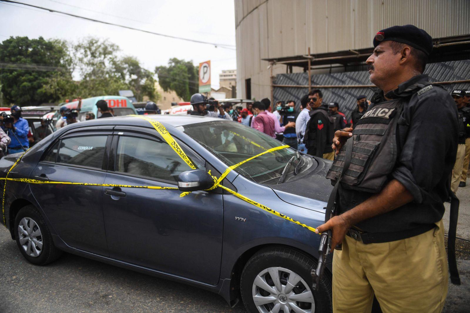 PAKISTAN-EXCHANGE-ATTACKS