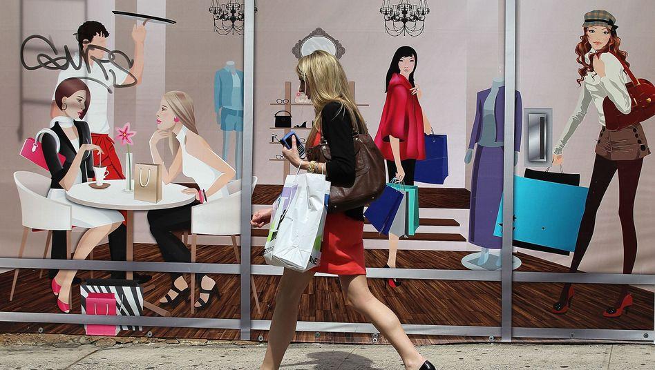 Shoppen gegen die Krise: In Deutschland wird traditionell lieber gespart