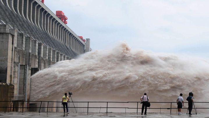 China: Megaflut bedroht Drei-Schluchten-Damm - DER SPIEGEL