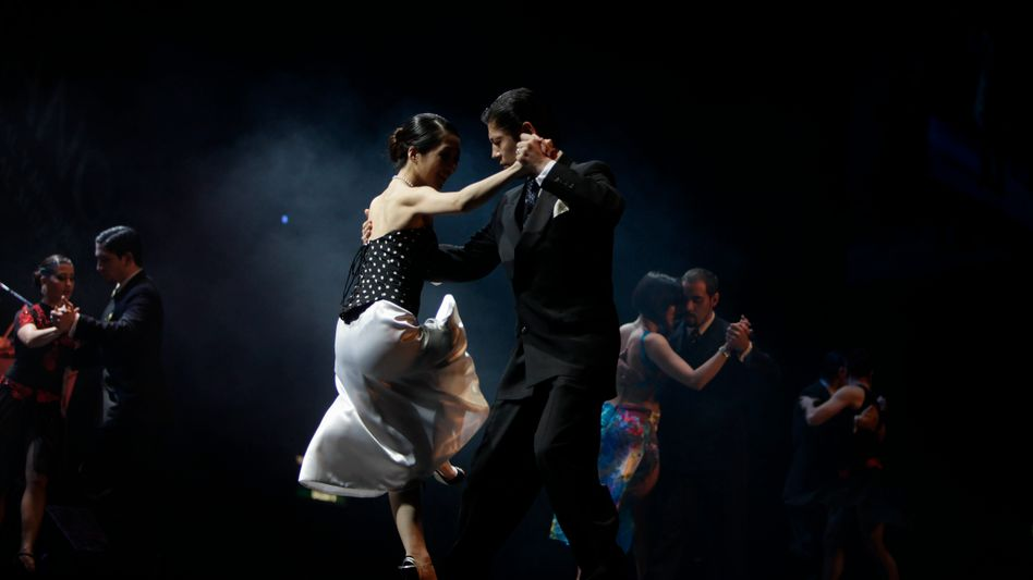 Tango-Tänzer: Komplexe Bewegungsabläufe - und viel Emotion