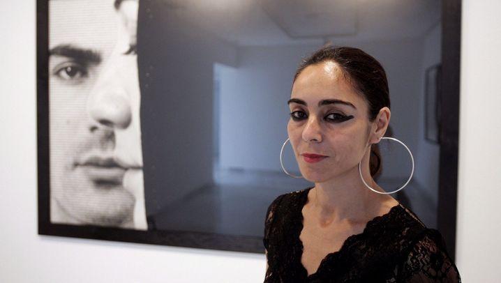 """Shirin Neshat: """"Schönheit kann als Waffe dienen"""""""