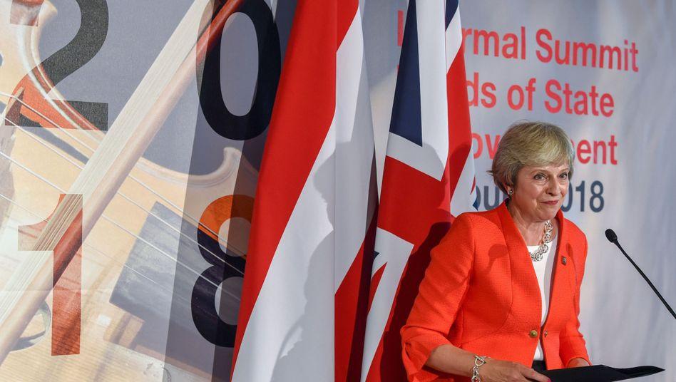 Britische Regierungschefin May in Salzburg