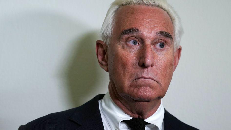 Früherer Trump-Berater Stone: Mildere Strafe dank Kritik des Präsidenten?