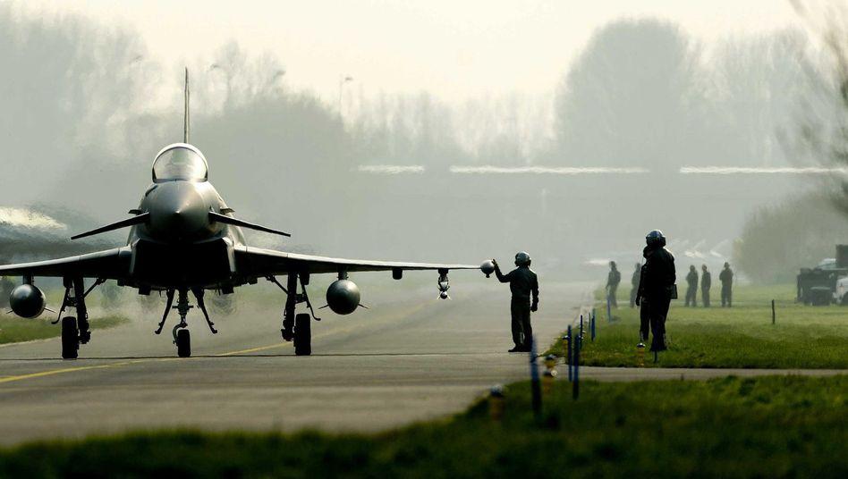 """""""Eurofighter"""" (Archivbild): Von 109 Maschinen sind nur 42 verfügbar"""