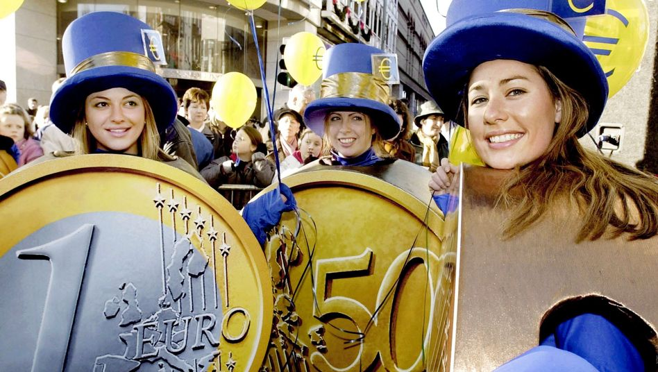 Is the euro something that should be celebrated or feared?