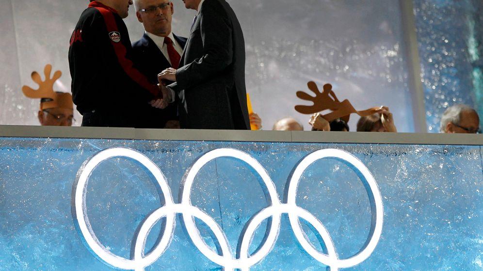 Olympische Schlussfeier: Rogge schließt ab, Young rockt