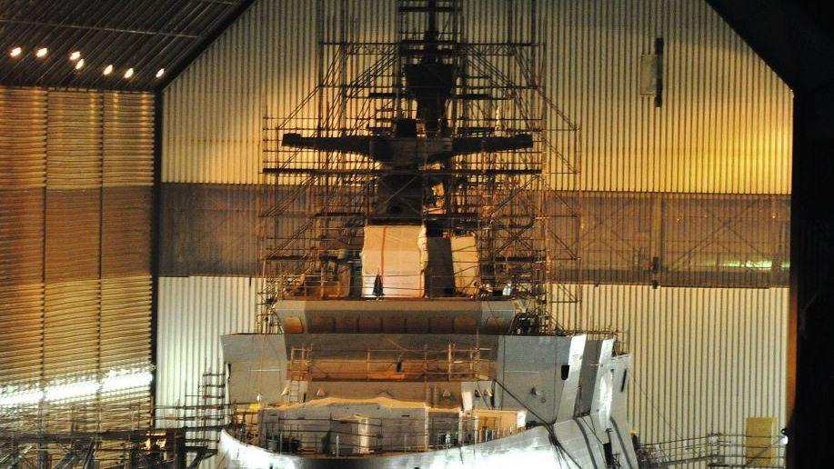 Algerische Fregatte in Kiel 2014: Nationales Ego stärken