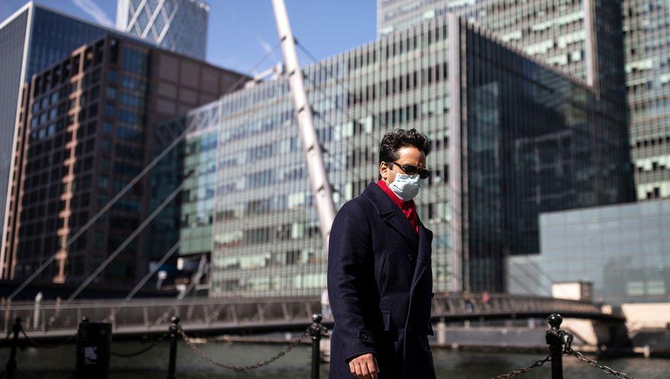 Straßenszene im Londoner Büroviertel Canary Wharf: Arbeitsalltag ändert sich