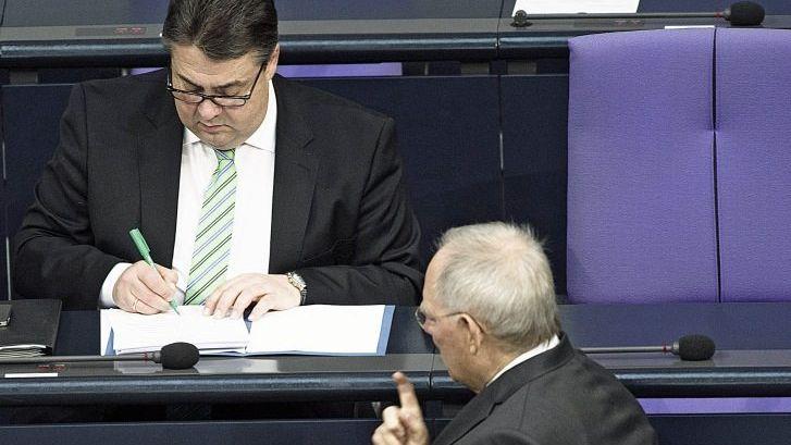Koalitionäre Gabriel, Schäuble im Bundestag