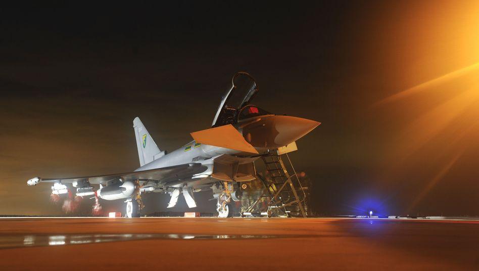 Wartung britischer Eurofighter-Kampfjets in Libyen: London will Ingenieurstruppe privatisieren