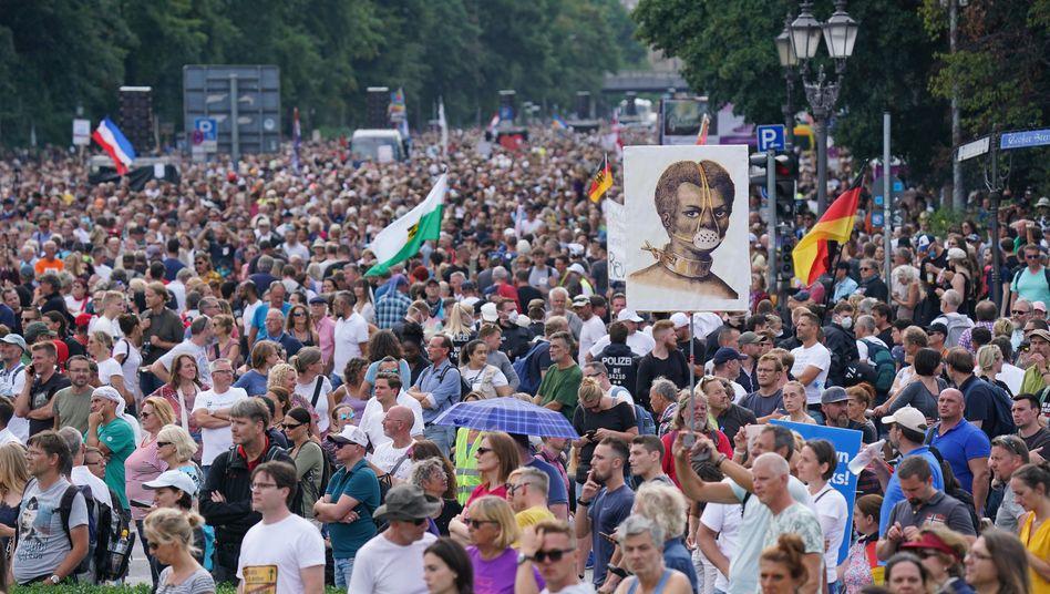 Demonstration gegen Corona-Maßnahmen in Berlin (am 29. August): Warum erlebt der Westen ein Zeitalter der Wut?