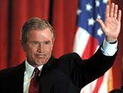 George W. Bush: Der Widerstand gegen die Wild-West-Manieren seiner Regierung wächst
