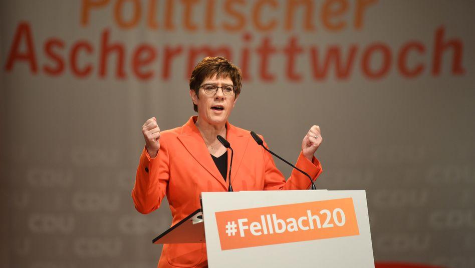 Kramp-Karrenbauer bei ihrem Auftritt in Fellbach