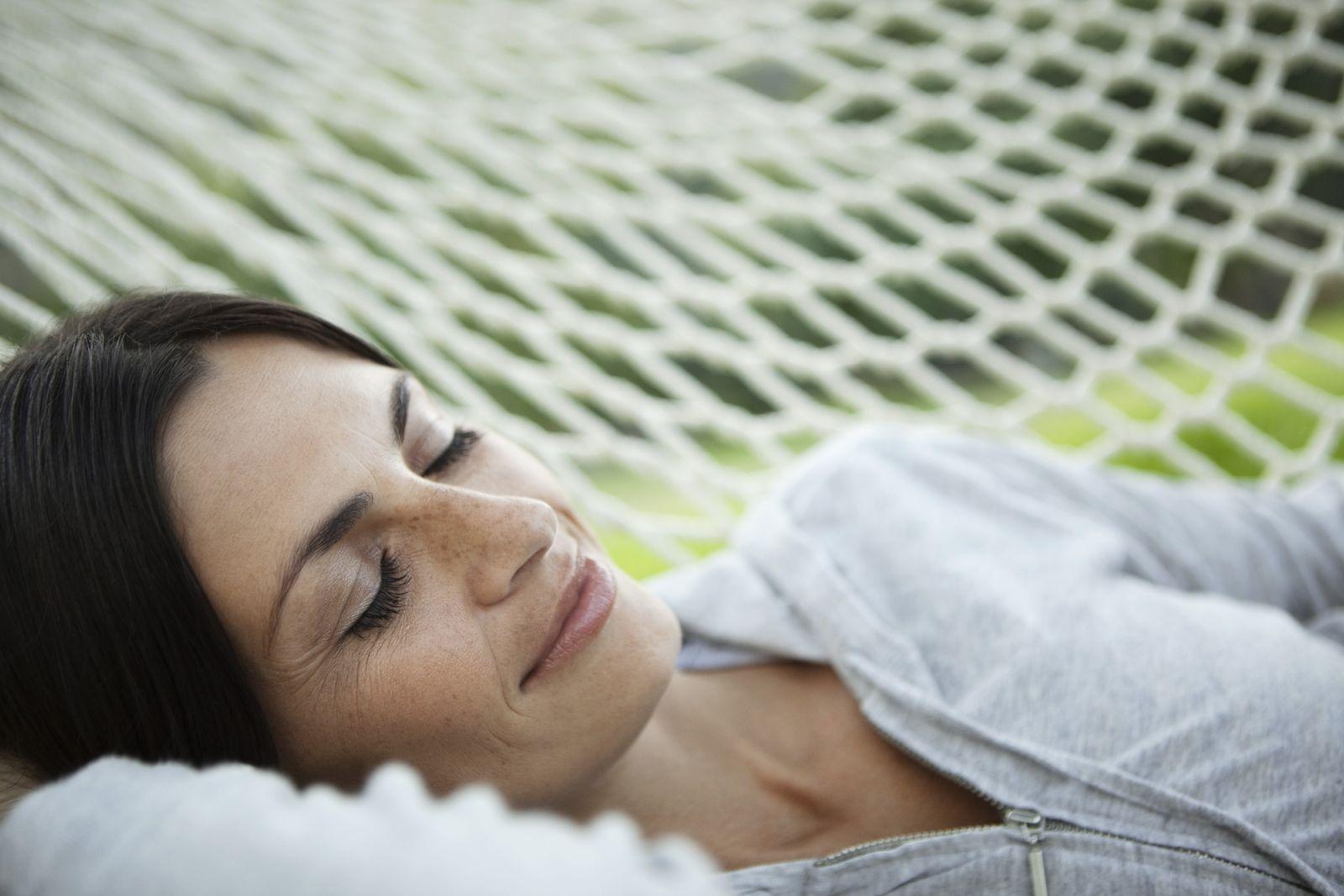 NICHT MEHR VERWENDEN! - SYMBOLBILD Schönheitsschlaf/ Schlaf/ Ausschlafen
