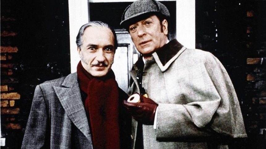 Szene aus Doyle-Verfilmung »Genie und Schnauze« mit Ben Kingsley, Michael Caine, 1988