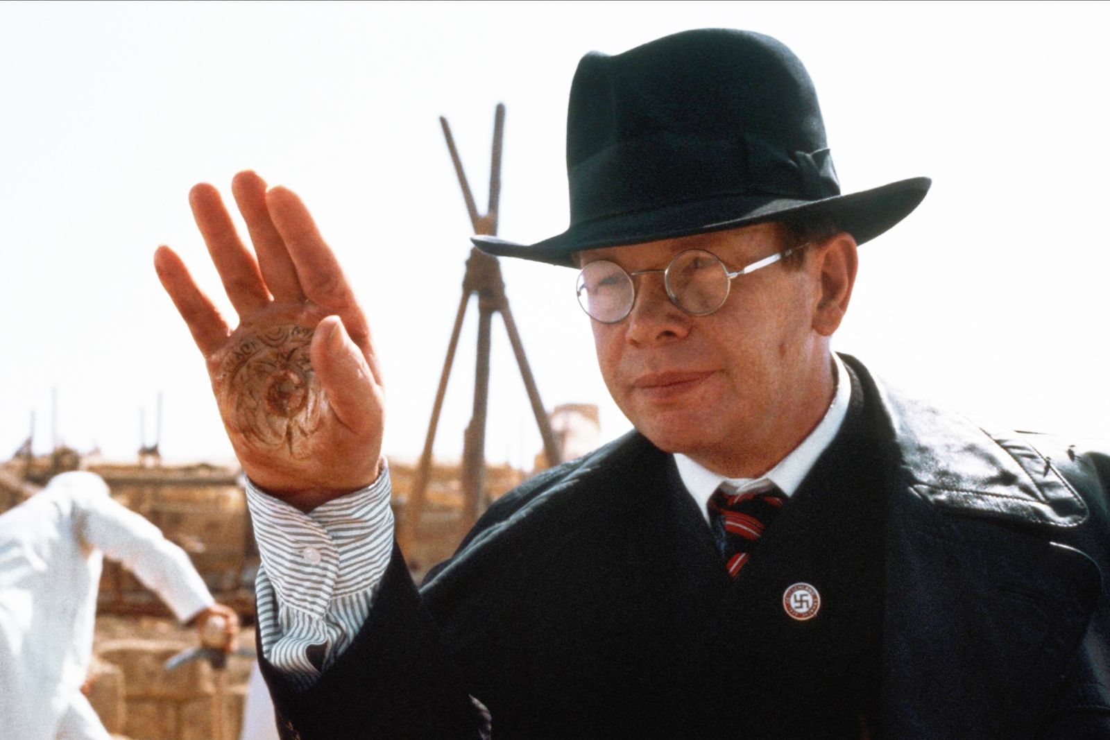 Ronald Lacey Characters: Major Arnold Toht Film: Raiders Of The Lost Ark; Indiana Jones 1 (USA 1981) Director: Steven Sp