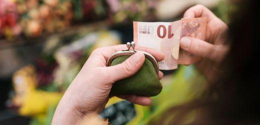Geld ausgeben als Berufseinsteiger: Wie Sie weniger geizig werden