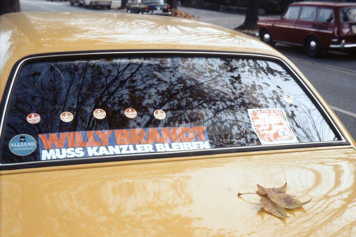 Auto eines SPD-Anhängers im Wahlkampf 1972