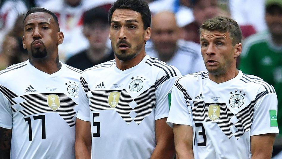 Jérôme Boateng, Mats Hummels und Thomas Müller (v.l.)