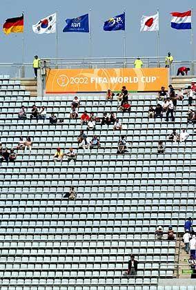 """Stadion in Jeju: """"Irgendwie so eine seichte Atmosphäre"""""""
