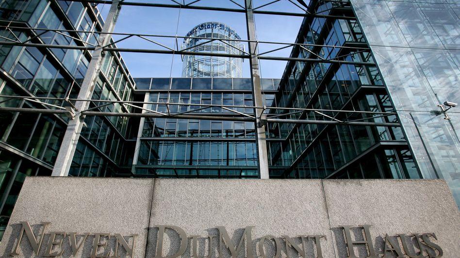 M. DuMont Schauberg: 84 Mitarbeiter müssen gehen, 90 werden ausgelagert