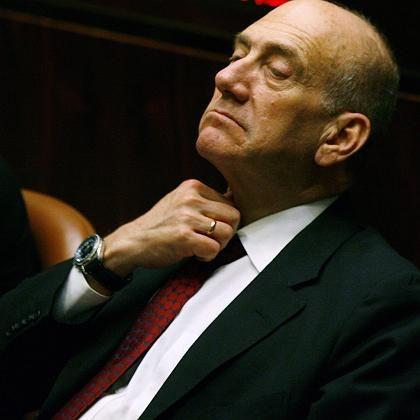 """Große Erleichterung: Der Winograd-Bericht bescheinigt Ehud Olmert, """"im Interesse des Landes"""" gehandelt zu haben."""