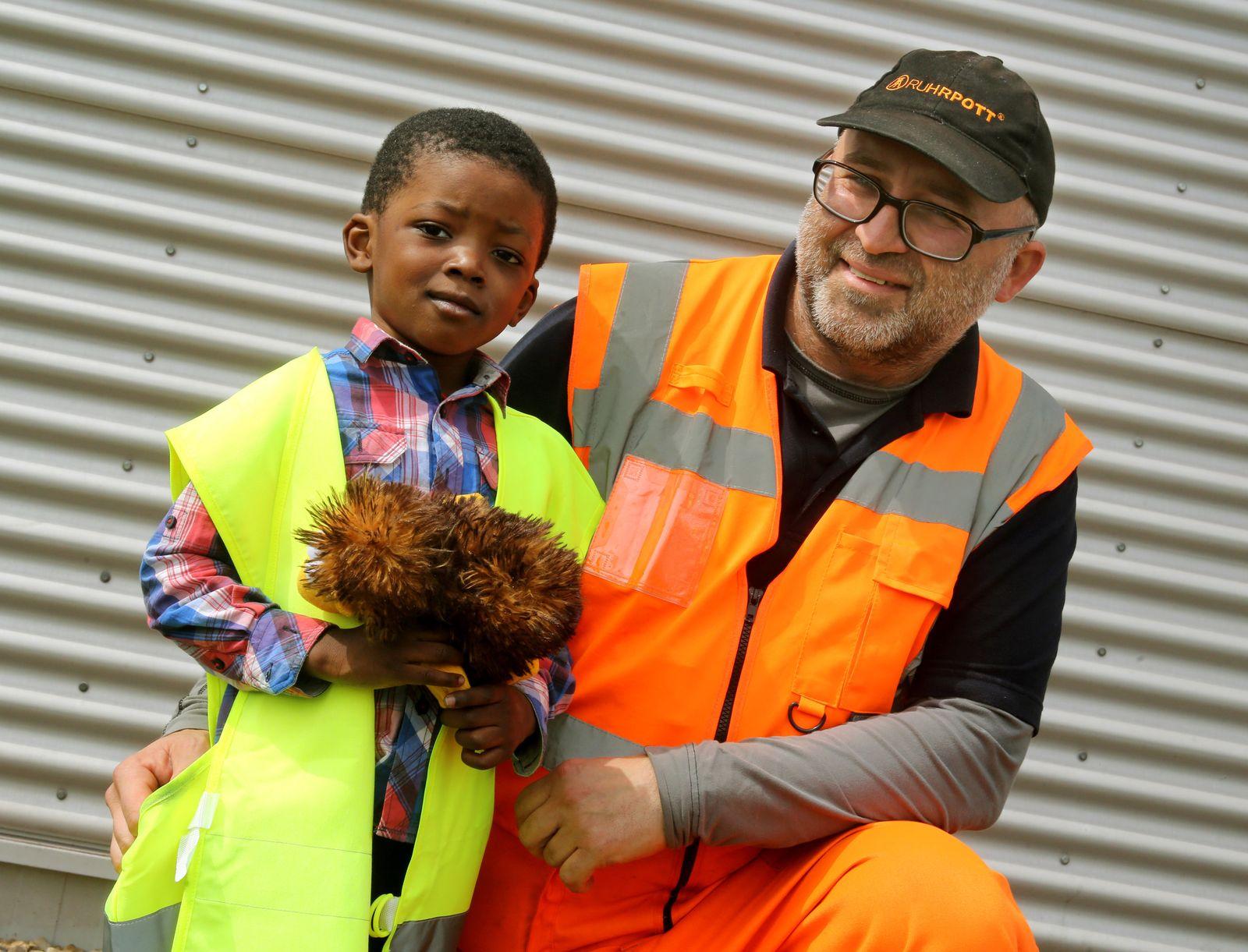 Müllmann rettet Kind