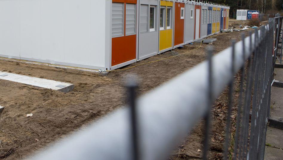 Container in Berlin-Marzahn: Hier sollen künftig Flüchtlinge untergebracht werden