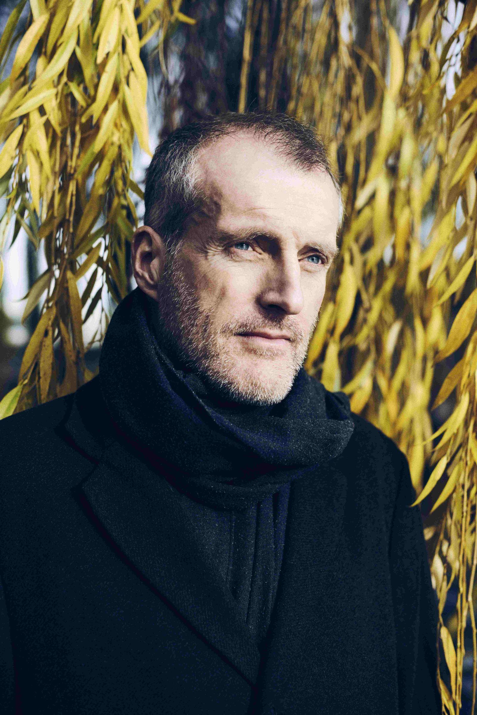 Das Feld Von Robert Seethaler Rezension So Ist Sein Neuer Roman Der Spiegel