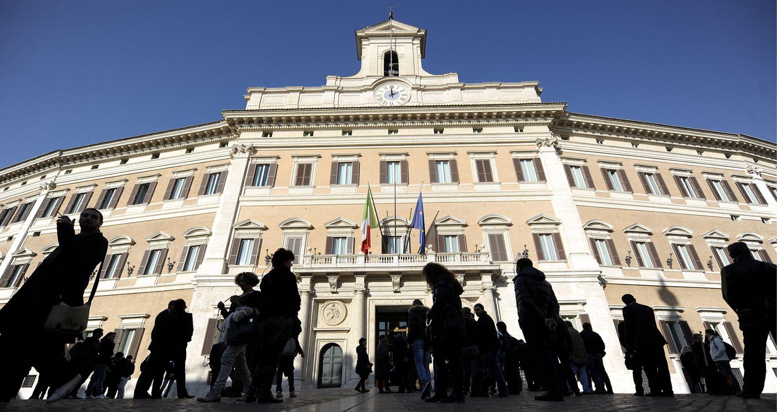 NICHT VERWENDEN Italien / Palazzo Montecitorio