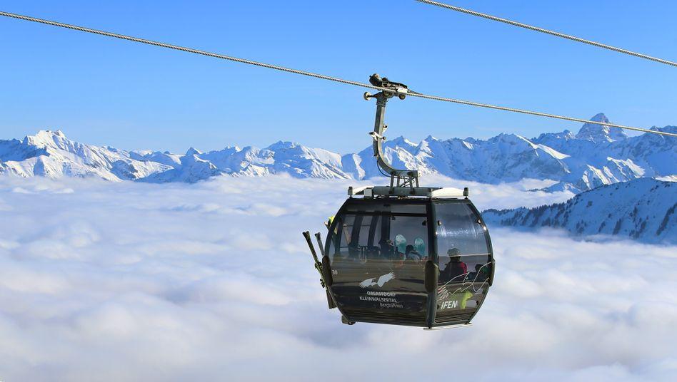 Seilbahn am Ifen bei Hirschegg (Österreich): Ein Skilift ist auch nicht sicherer als eine Kaffeeküche