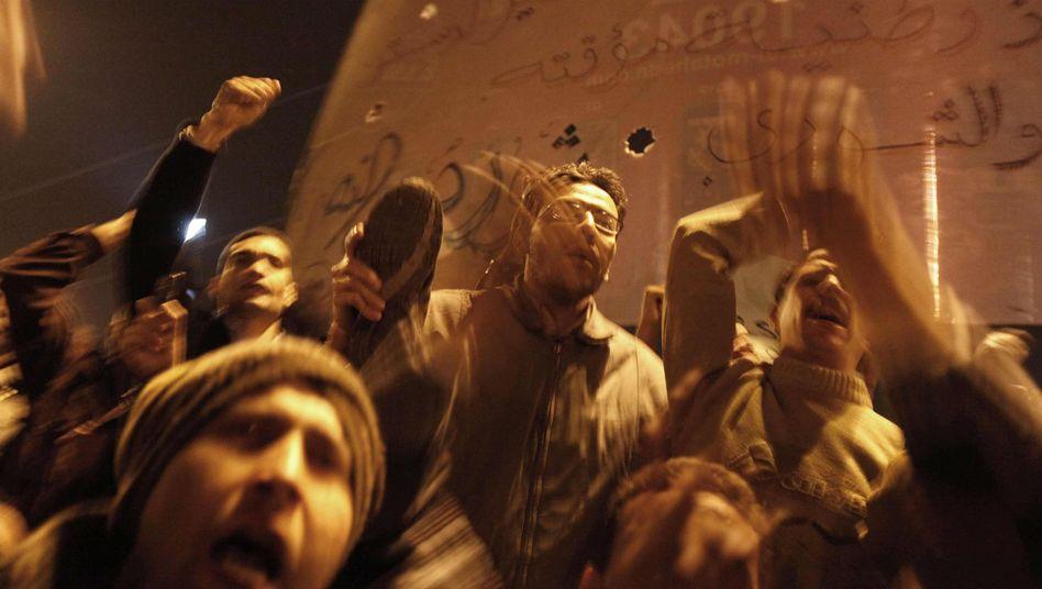 TV-Auftritt: Mubaraks Zeitlupen-Abschied provoziert Regimegegner