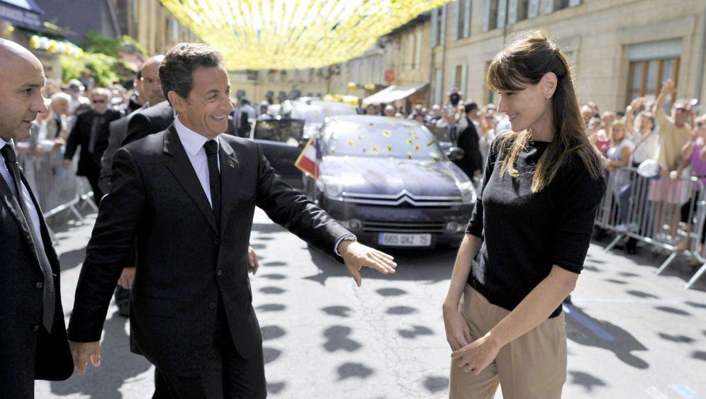 Photo Gallery: 'Sarkosconi' in Trouble
