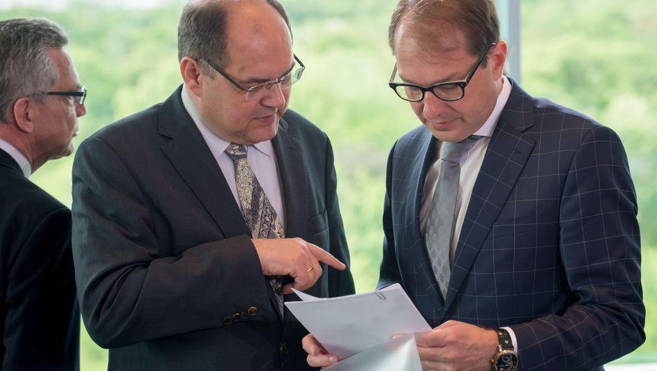 Geschäftsführender Bundesverkehrsminister Schmidt, Vorgänger Dobrindt