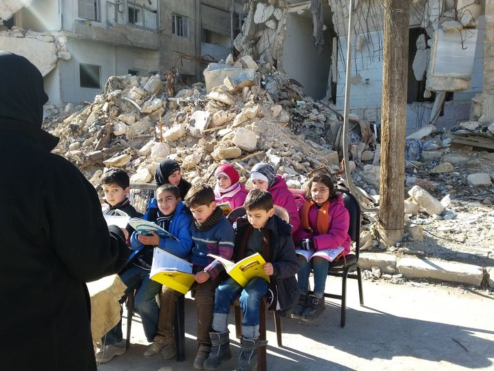 Die Schulklasse von Abu Bassam in Aleppo