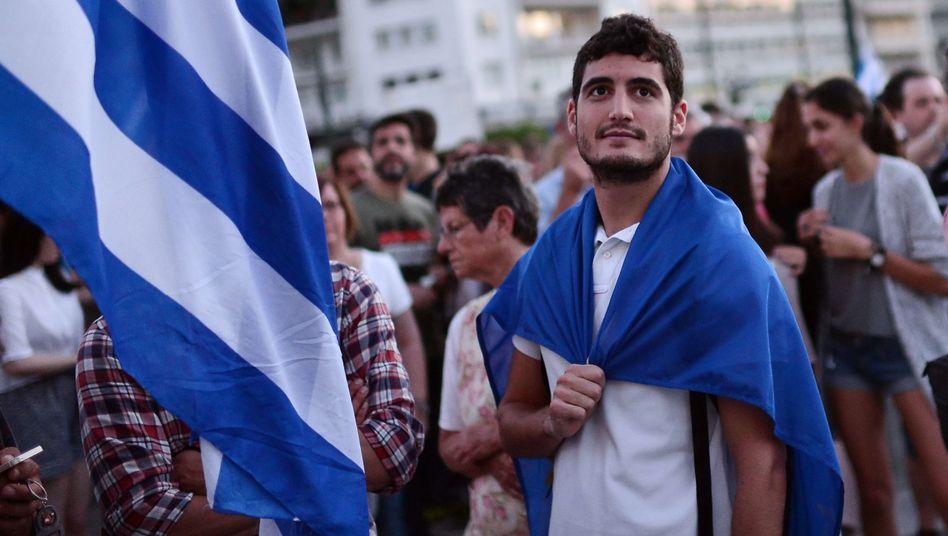 Demonstrant bei Pro-Euro-Demo in Athen: Jetzt muss es schnell gehen