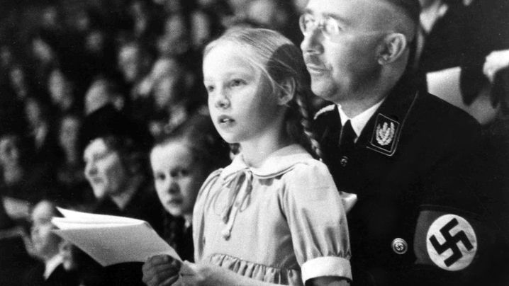 "Gudrun Burwitz: Himmlers ""Püppi"" - die Nazi-Prinzessin"