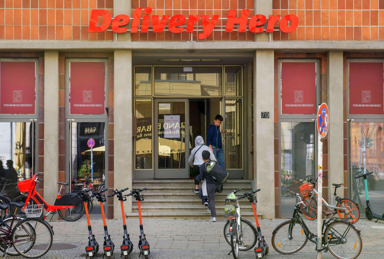 Delivery Hero, Oranienburger Strasse, Mitte, Berlin, Deutschland *** Delivery Hero, Oranienburger Strasse, Mitte, Berlin