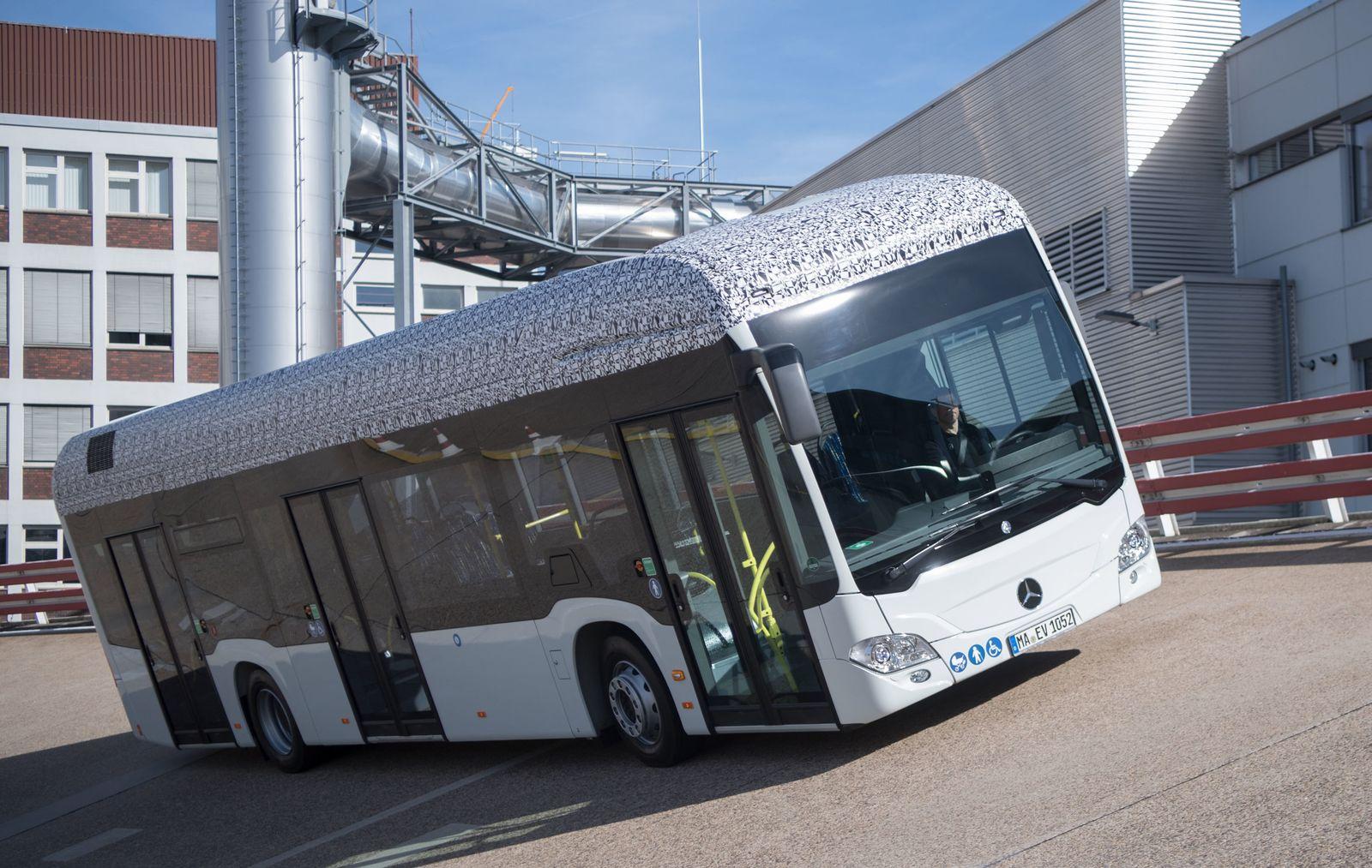 Jahres-Pk Daimler Buses