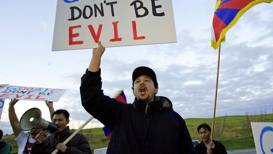"""Protest gegen Google (im Jahr 2006): """"Verantwortungsvolles Veröffentlichen"""""""