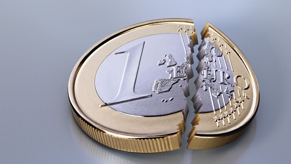 Step by step: The snowballing saga of the euro crisis