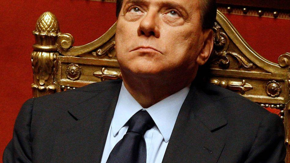 Italiens Regierungschef Berlusconi im Senat: Kampf ums Amt