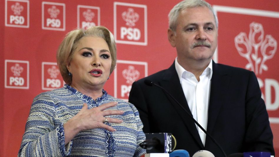 Rumäniens Premierministerin Viorica Dancila und PSD-Chef Liviu Dragnea: Von Europas Sozialdemokraten suspendiert