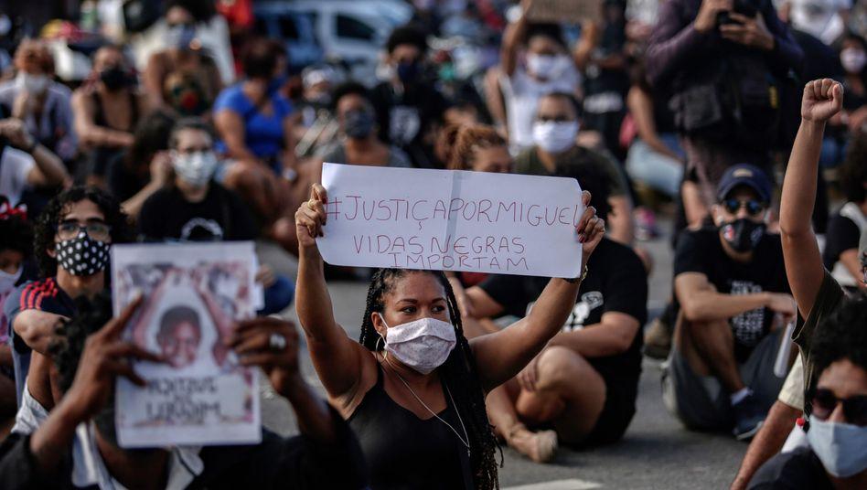 Proteste in Recife, Brasilien: Letztes Land der westlichen Welt, das die Sklaverei abschaffte